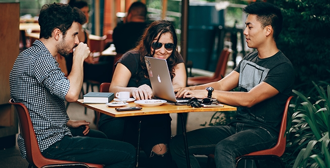 What is the Digital Employee Experience?
