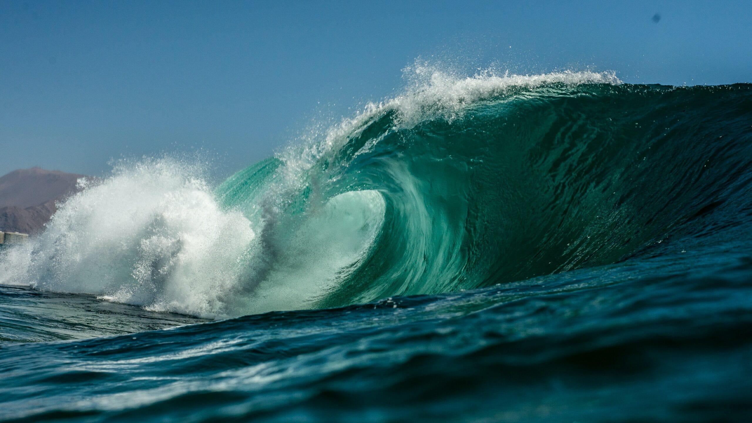 8 ways to avoid the turnover tsunami