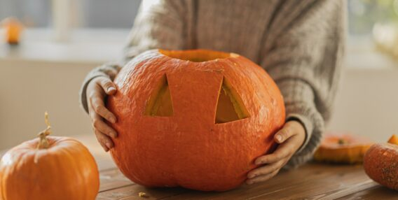 6 ways to use your intranet to celebrate Halloween in the workplace